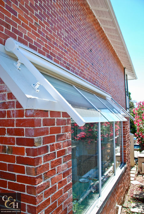 Campbell Amp Heeps Overhead Tension Awnings