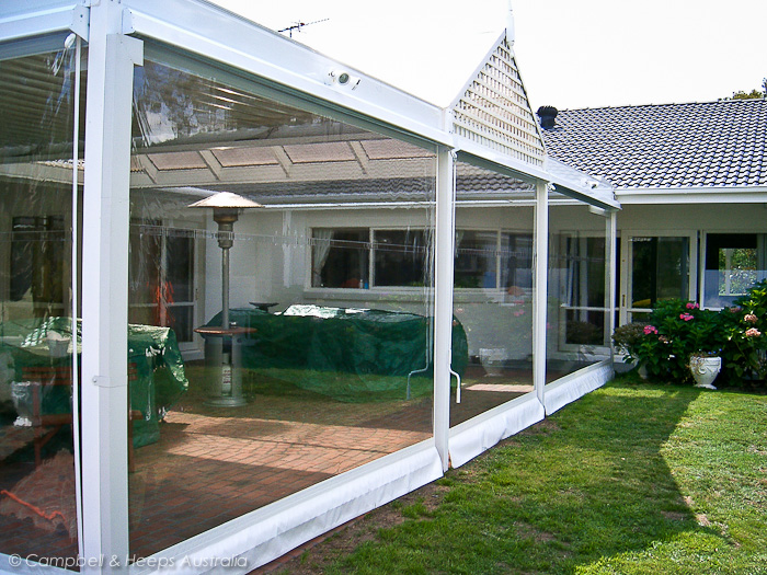 outside-pergola-fix-clear-pvc-blinds