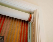 Bonded roller blinds 4.1 in a house