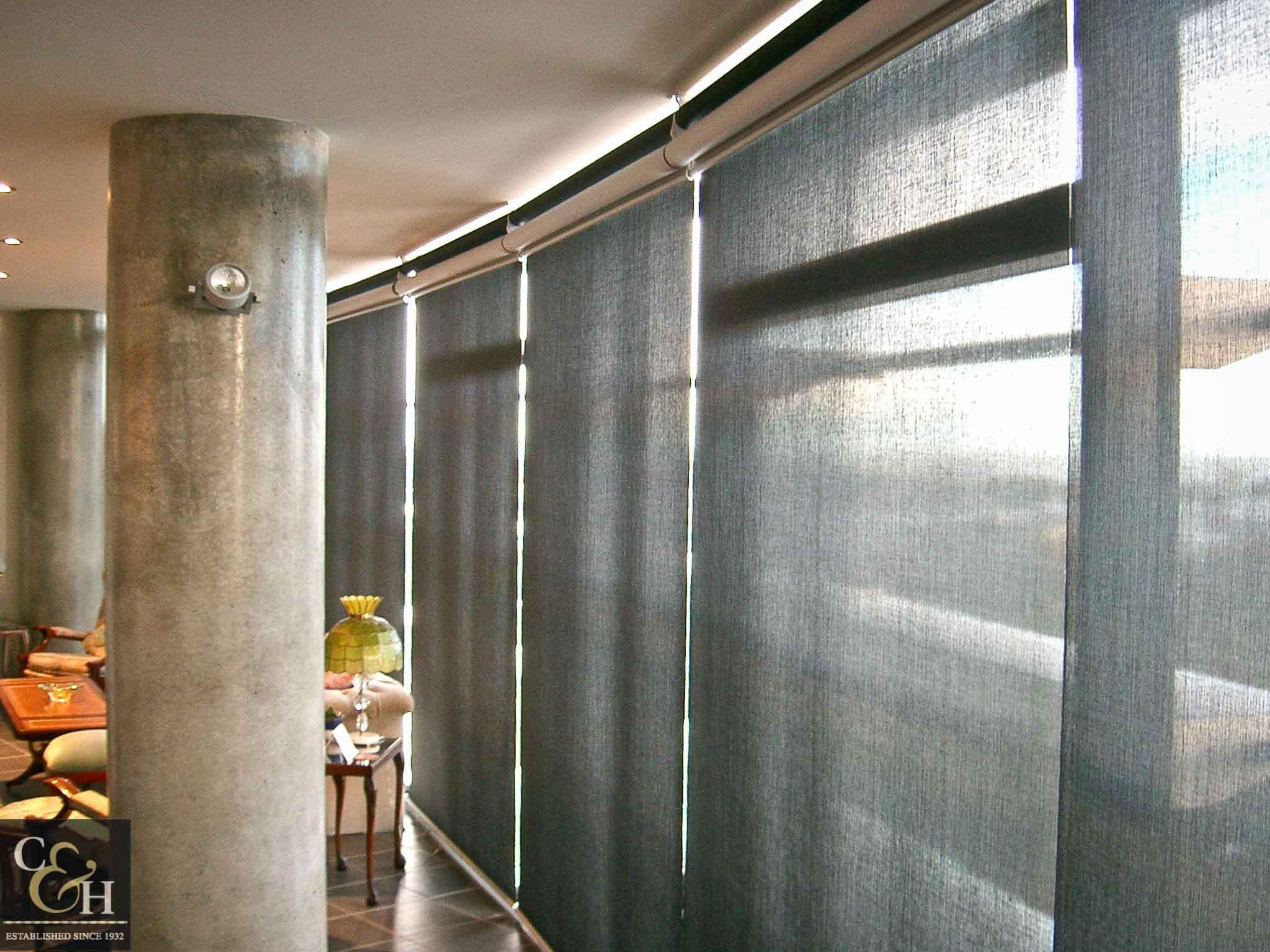 Dual-Roller-Blinds-3.1 inside an apartment