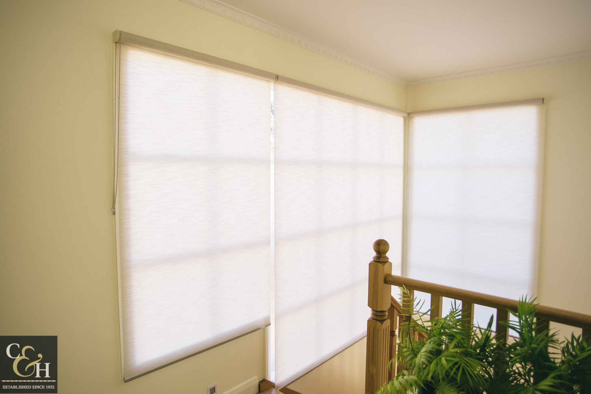 Screen-Roller-Blinds-46 outside an apartment