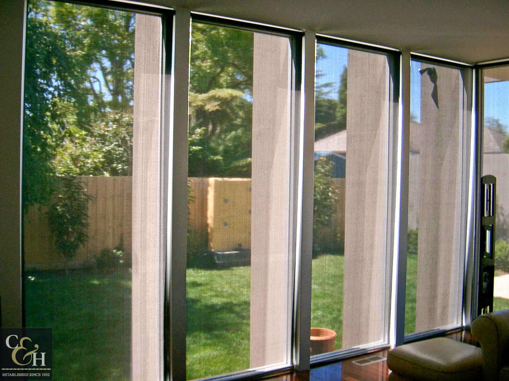 Screen-Roller-Blinds